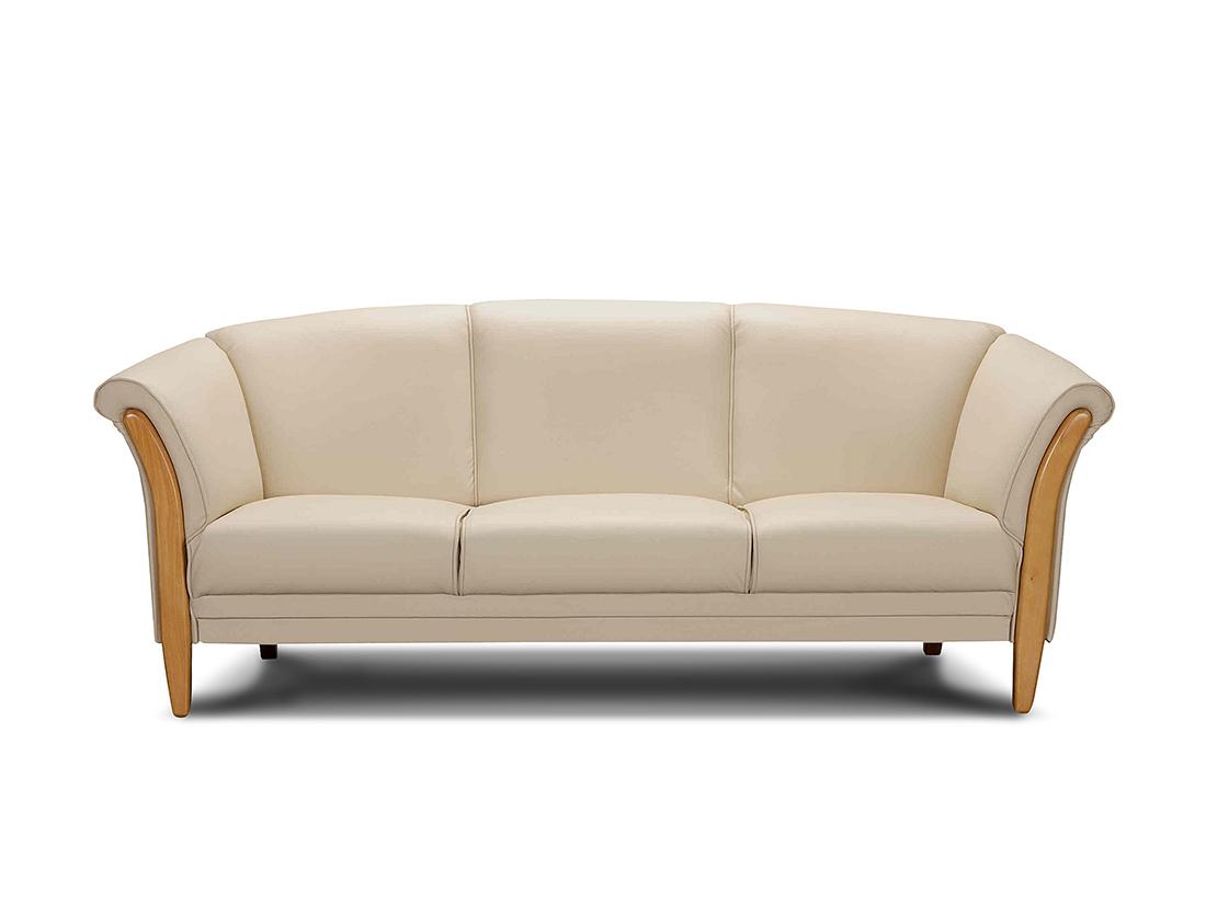 "biela klasická sedačka ""klubovka"" drevená Klaudia"