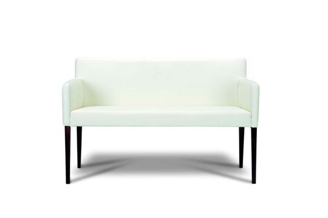 biela veľmi pohodlná a mäkkučká sedačka Renata